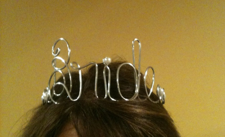 Bad-bachelorette-party-gifts-bride-crown.full