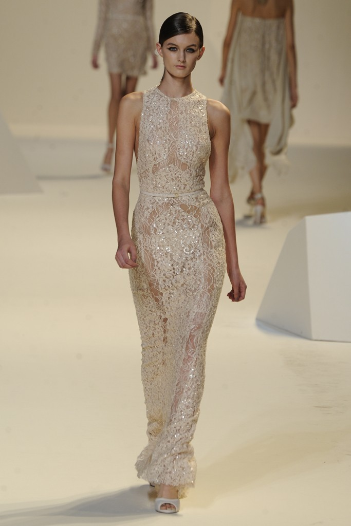 Nearly-white-gowns-perfect-for-the-wedding-fashion-week-inspiration-elie-saab-4.full