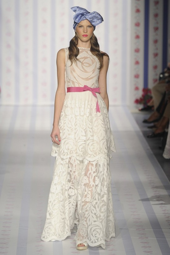 nearly white gowns perfect for the wedding Fashion Week inspiration Luisa Beccaria 2