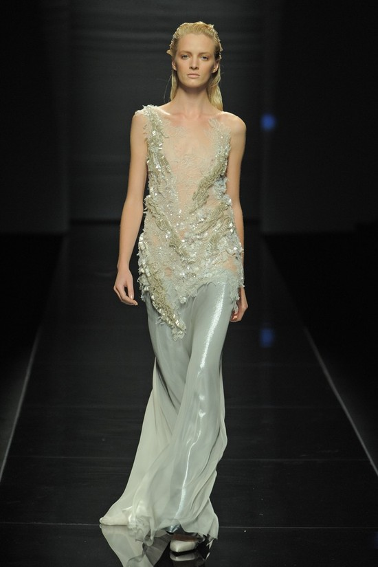 nearly white gowns perfect for the wedding Fashion Week inspiration AB LWD 2