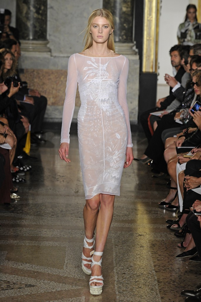 Nearly-white-gowns-perfect-for-the-wedding-fashion-week-inspiration-pucci-2.full