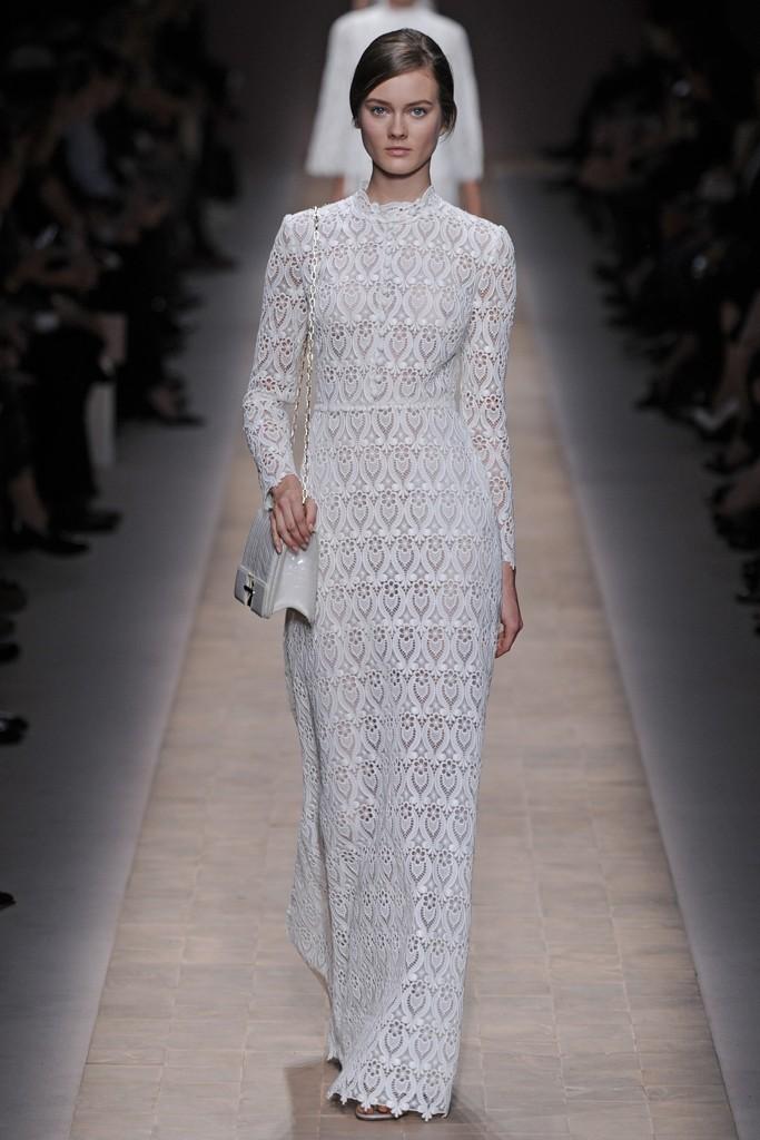 Fashion-week-wedding-inspiration-valentino-1.full