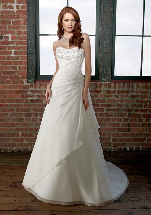 photo of Darius Cordell Fashion Ltd Custom Wedding Dresses