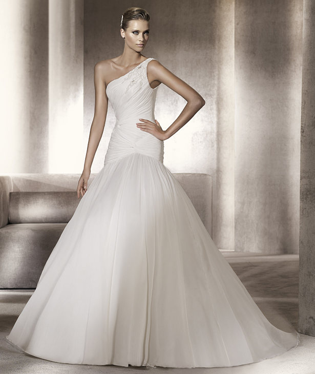 530029f%20-%20couture%20wedding%20gowns%20by%20darius%20cordell%20fashion%20ltd.full