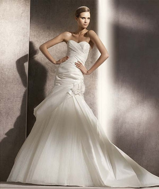 530061F - Couture Bridal Gowns by Darius Cordell Fashion Ltd