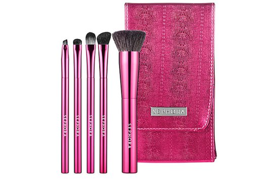 20 gifts for brides that support breast cancer awareness makeup brush set