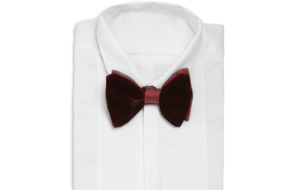 Grooms-wedding-attire-awesome-bow-ties-for-stylish-guys-maroon-velvet.original