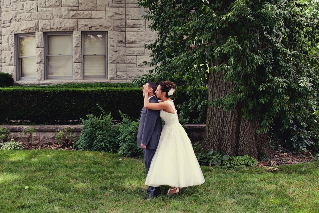 Kansas City wedding first look