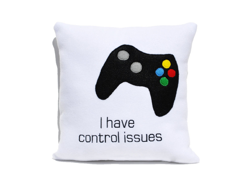 5 funny gifts for groomsmen gamer pillow