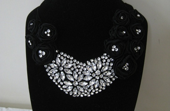 bejeweled bride wedding accessories statement necklace