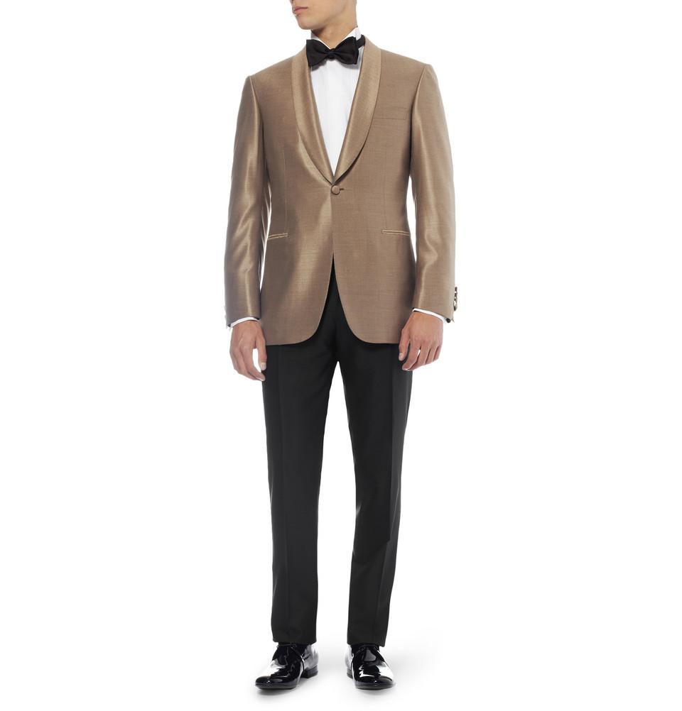 Wedding-tuxedo-alternatives-for-modern-grooms-1.full