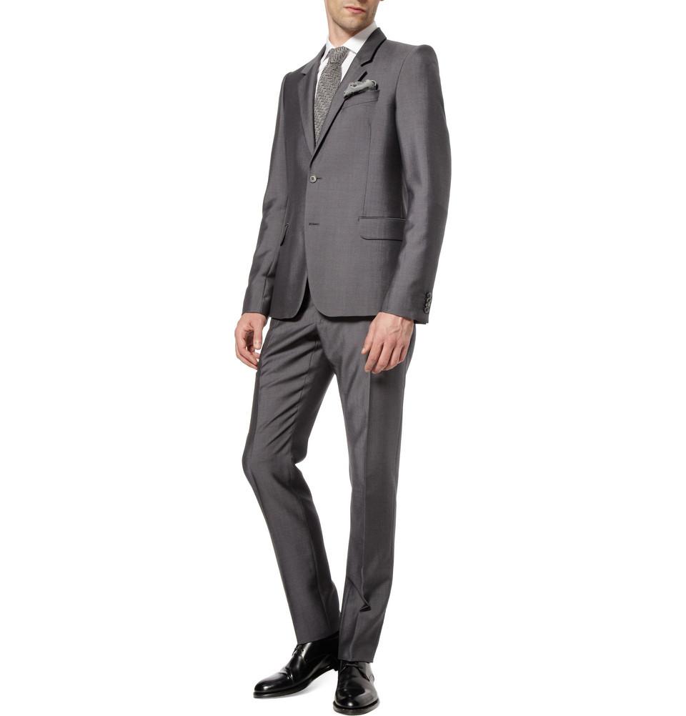 Wedding-tuxedo-alternatives-for-modern-grooms-alexander-mcqueen-silver.full