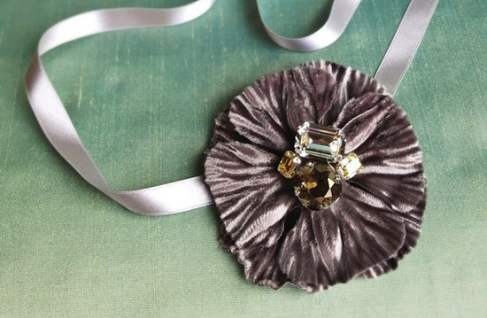 fall winter wedding ideas handmade velvet treasures from Etsy 3