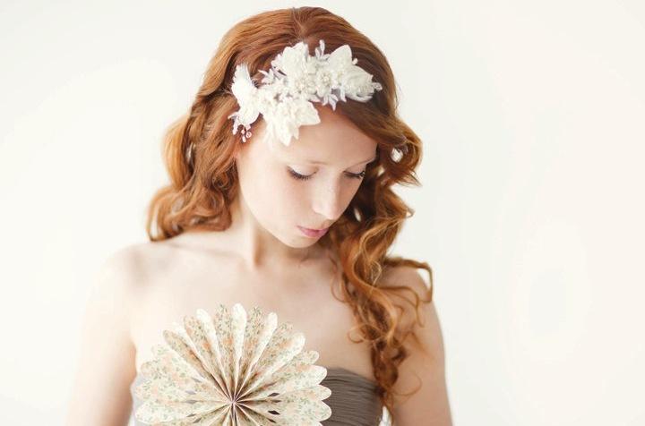 Fall-winter-wedding-ideas-handmade-velvet-treasures-from-etsy-romantic-fascinator.full
