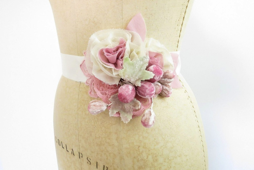 Fall-winter-wedding-ideas-handmade-velvet-treasures-from-etsy-pink-bridal-sash.full