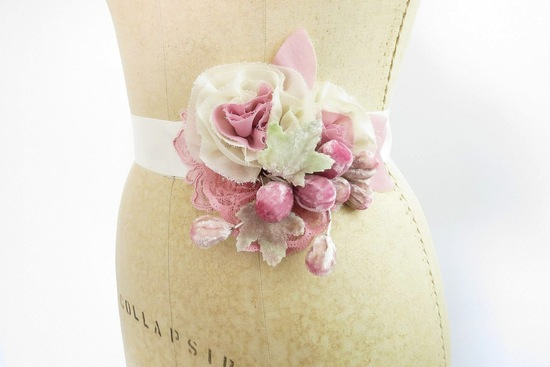 fall winter wedding ideas handmade velvet treasures from Etsy pink bridal sash