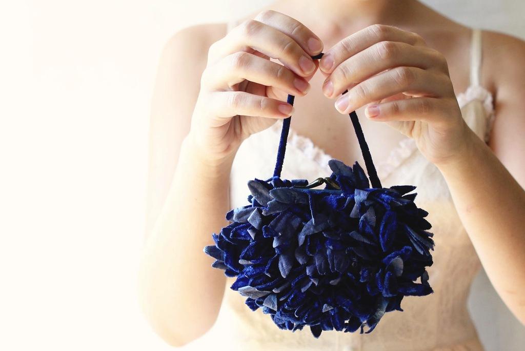Fall-winter-wedding-ideas-handmade-velvet-treasures-from-etsy-blue-purse.full
