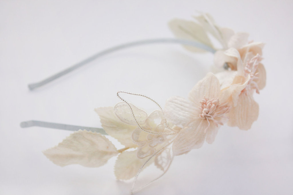 Fall-winter-wedding-ideas-handmade-velvet-treasures-from-etsy-romantic-headband.full