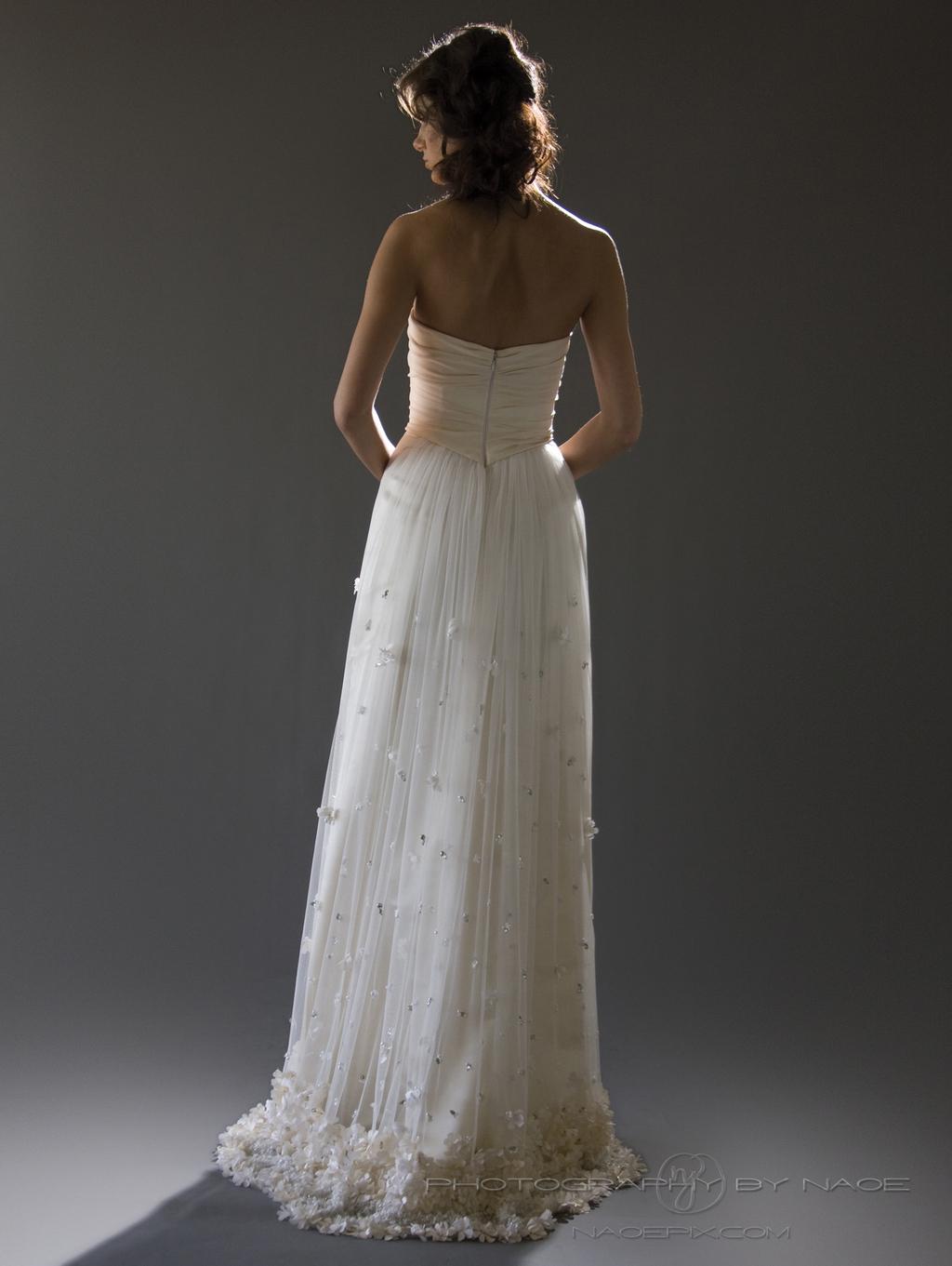 Wedding-dress-spring-2013-bridal_gown-cocoe-voci-2-back.full