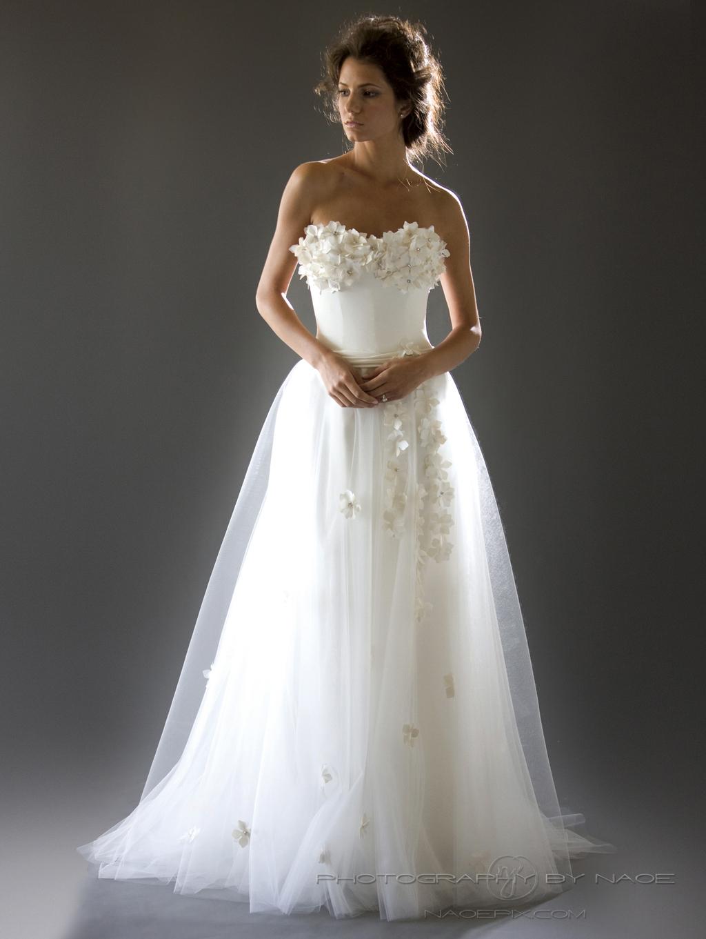 Wedding-dress-spring-2013-bridal_gown-cocoe-voci-4.full