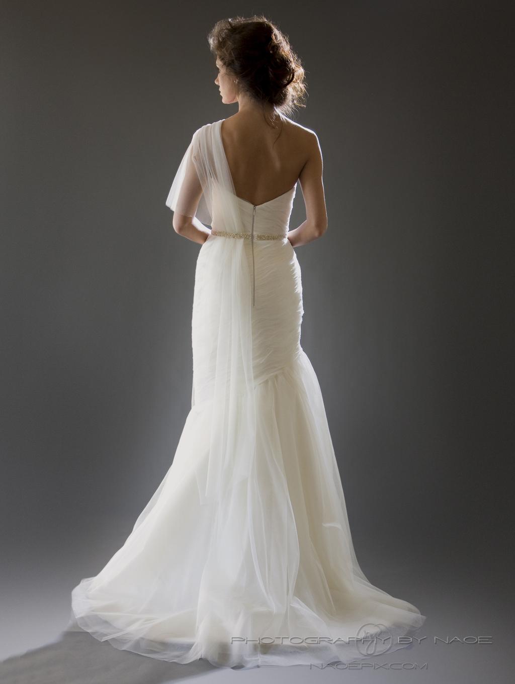 Wedding-dress-spring-2013-bridal_gown-cocoe-voci-6-back.full