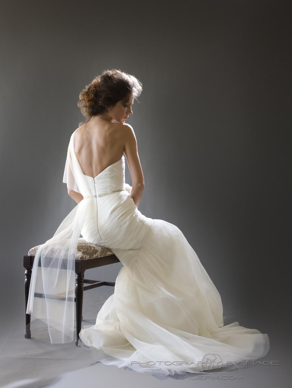 Wedding-dress-spring-2013-bridal_gown-cocoe-voci-6-detail-sitting.full