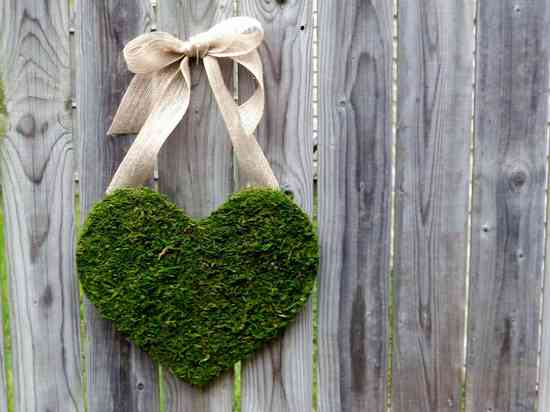 memorable moss wedding decor for ceremony reception heart with burlap