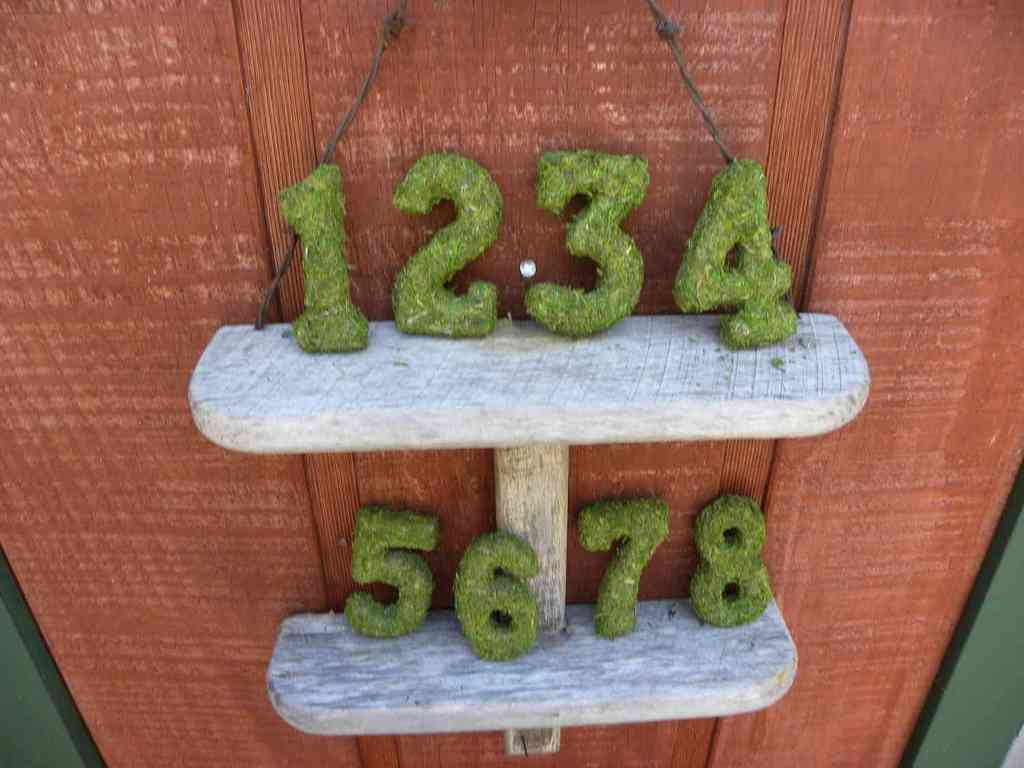 Memorable-moss-wedding-decor-for-ceremony-reception-table-numbers.full