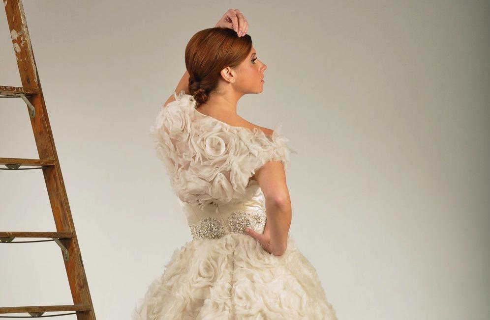 Beautiful-bridal-boleros-to-top-a-simple-wedding-dress-2.full