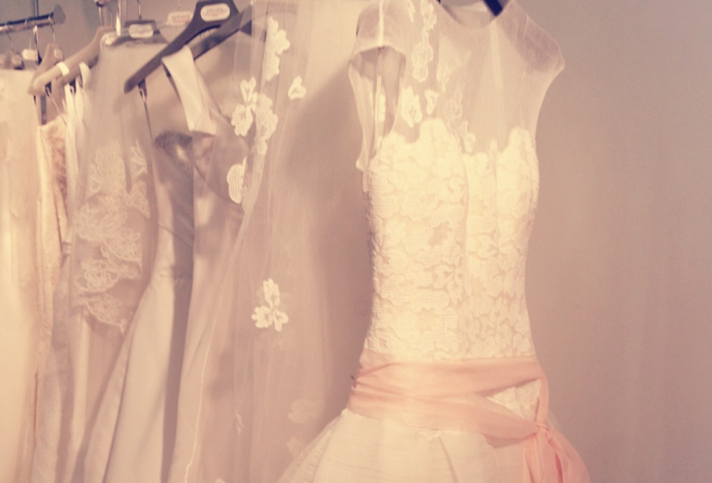 Spring-2013-wedding-dress-bridal-runway-instagrams-3.full