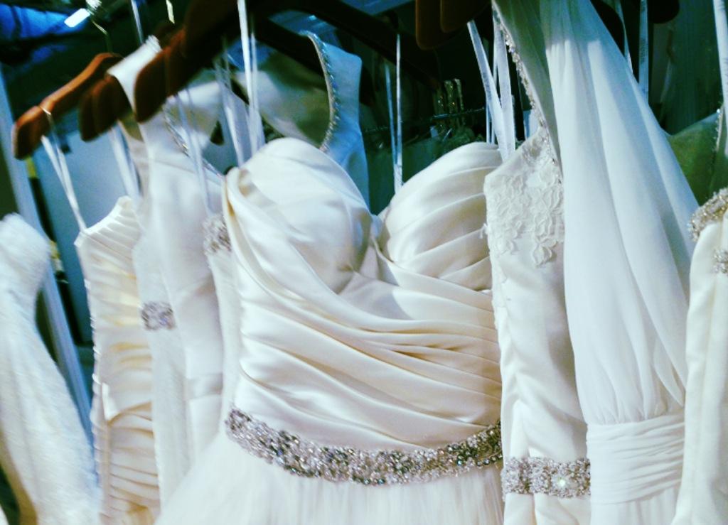 Spring-2013-wedding-dress-bridal-runway-instagrams-2.full